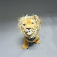 SWING HEAD LION