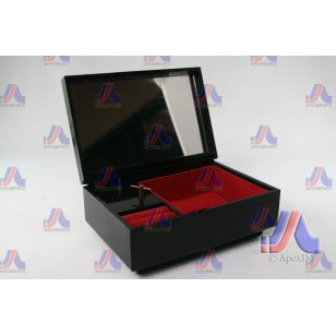 LACQUER MUSICAL JEWELRY BOX